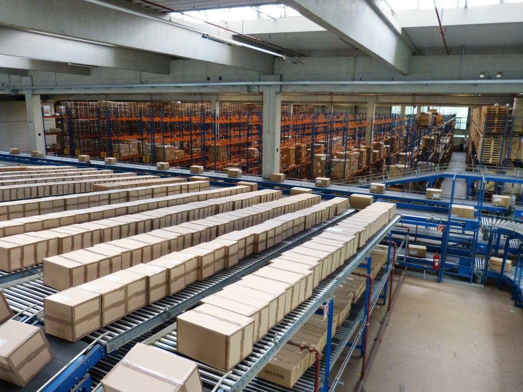 Conveyor in Logistics Facility